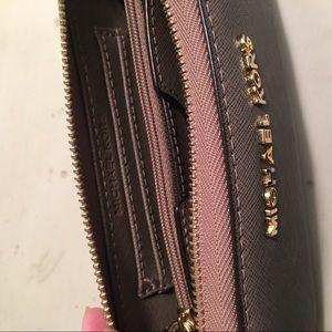 Michael Kors Accessories - Michael Kors wristlet wallet holds iPhone